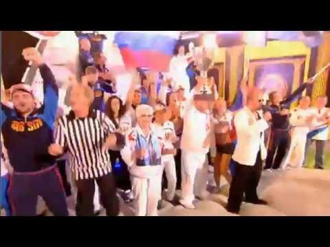 """L'équipe russe fête """"sa victoire"""" aux """"Crazy Games"""""""